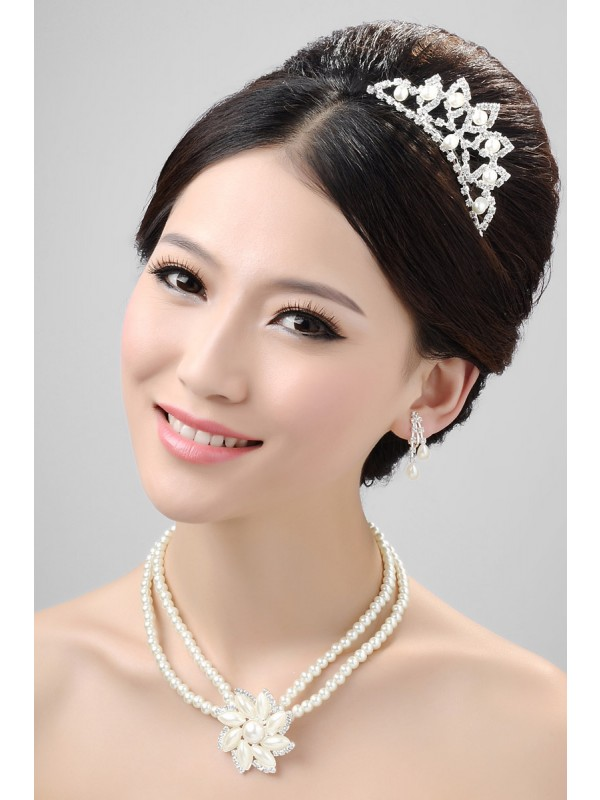 Stunning Alloy Clear Crystals Flower Wedding Party Earrings Set